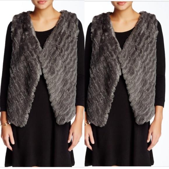 BB Dakota Jackets & Blazers - BB DAKOTA fur vest